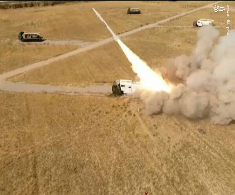 شلیک موشک فاتح 110 به سمت محل ملاقات تروریست ها در شمال عراق