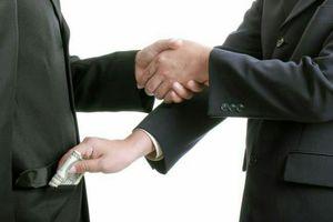 «سلبریتی»های غمخوار مردم همدست دزدها هستند؟