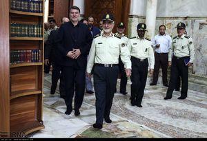 عکس/ حضور فرماندهان ناجا در حرم امام (ره)