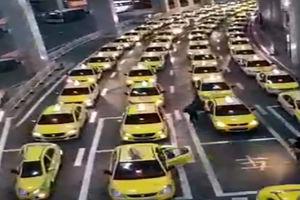 فیلم/ ایستگاه تاکسی در پرجمعیت ترین کشور دنیا