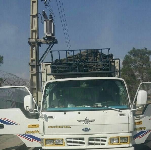 مرگ راننده در اتاقک دربسته خاور +عکس
