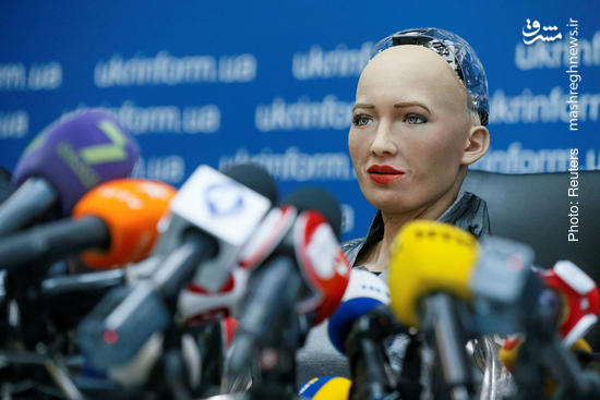 کنفرانس خبری یک روبات/ نمایش ارتش سوئیس/ کنسولگری یا مقتل+ تصاویر