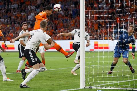 فیلم/ خلاصه دیدار هلند 3-0 آلمان
