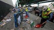 «زندگی در کثافت»: از مجسمه ترامپ که میگوید «روی من ادرار کن» تا «گشت مدفوع» در شهرهای آمریکا +عکس