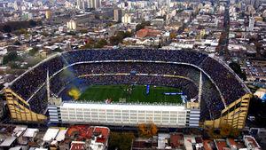 ورزشگاه بوکاجونیورز