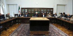 جلسه روحانی با اقتصاددانان بدون حضور منتقدان+ عکس
