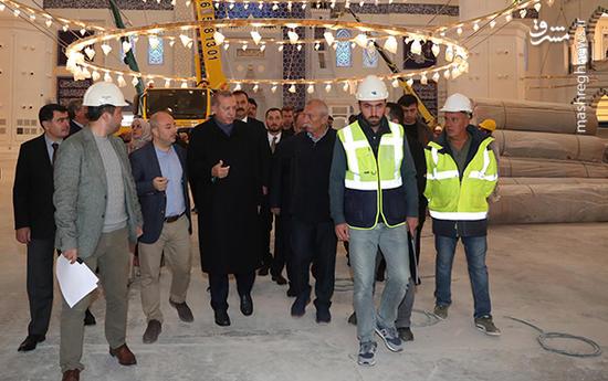 عکس/ بازدید اردوغان از برزگترین مسجد ترکیه