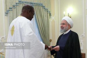 عکس/ پوشش سفیر سنگال در دیدار با روحانی