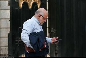 عکس/ گوشی 20 میلیون تومانی آقای وزیر!