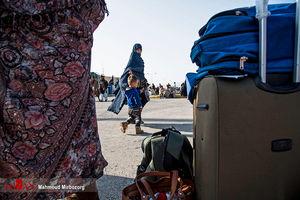 عکس/ ورود زائران پاکستانی اربعین از مرز میرجاوه