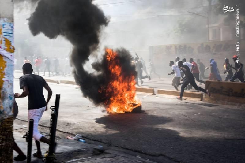 تظاهرات در پورتوپرنس، پایتخت هاییتی و درخواست استعفای رئیسجمهور مویس