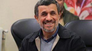 فیلم/ احمدی نژاد ملک ۲۰۰ میلیاردی بنیاد را تحویل دهد