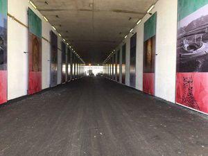 تصاویر اسطورههای فوتبال روی دیوارهای ورزشگاه آزادی
