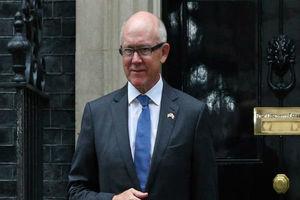 سفیر آمریکا در انگلیس: یا با آمریکا یا با ایران