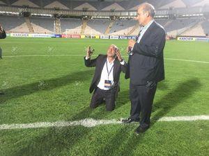 عکس/سجده شکر مدیرعامل پرسپولیس بعد از صعود به فینال