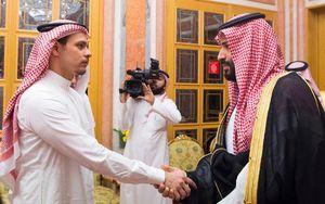 دیدار شاه سعودی با جمال خاشقجی