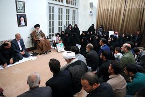 دیدار خانوادههای شهدای مدافع حرم با رهبر انقلاب