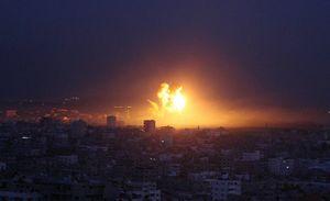 عکس/ تجاوز جنگندههای اسرائیل به نوار غزه