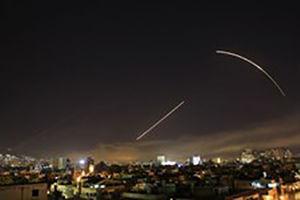 فیلم/ حمله موشکی به سرزمین های اشغالی