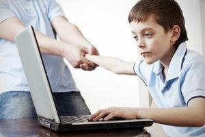 فیلم/ نشانههای افراد معتاد به اینترنت