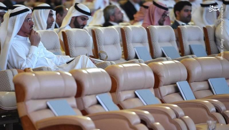 تعداد زیادی از صندلیها در همایش سرمایهگذاری داووس صحرا در ریاض پس از اوجگیری رسوایی خاشقچی خالی ماند. مهمانان سفر خود را لغو کرده بودند.