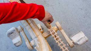 عکس/ دوچرخهای از جنس چوب