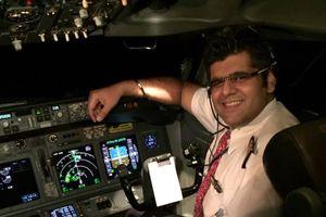 عکس/ خلبان هواپیمای سانحه دیده اندونزی