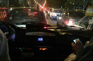 عکس/ ترافیک سنگین در خیابان انقلاب