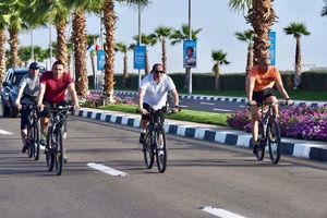 عکس/ دوچرخه سواری رئیس جمهور مصر!