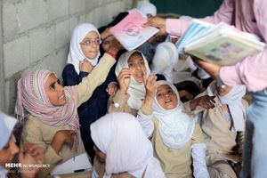 عکس/ اقدام جالب معلم یمنی