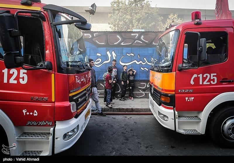 آتشسوزی گسترده انبار کالا در میدان هرندی