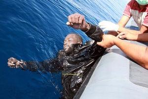 فیلم/ تراژدی غرق شدن آوارگان در دریای مدیترانه