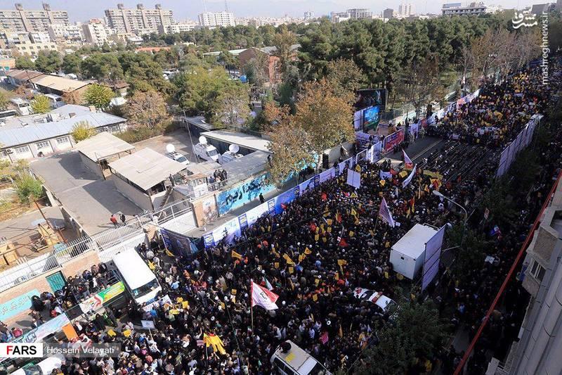 2377779 - تظاهرات استکبار ستیزی ۱۳ آبان