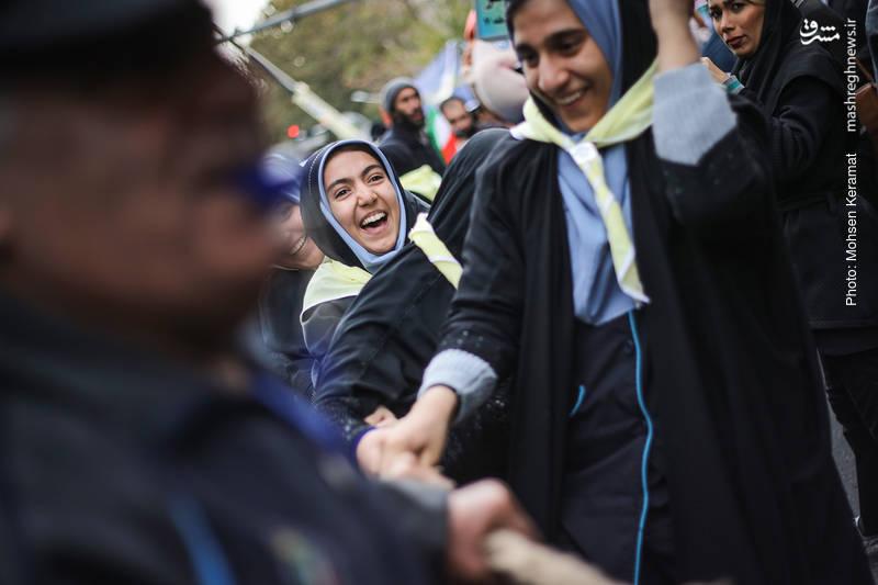 2377847 - تظاهرات استکبار ستیزی ۱۳ آبان