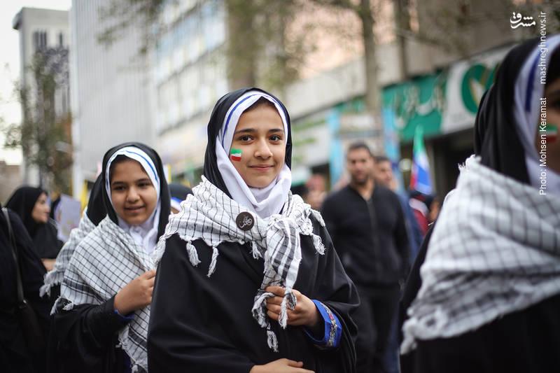 2377848 - تظاهرات استکبار ستیزی ۱۳ آبان