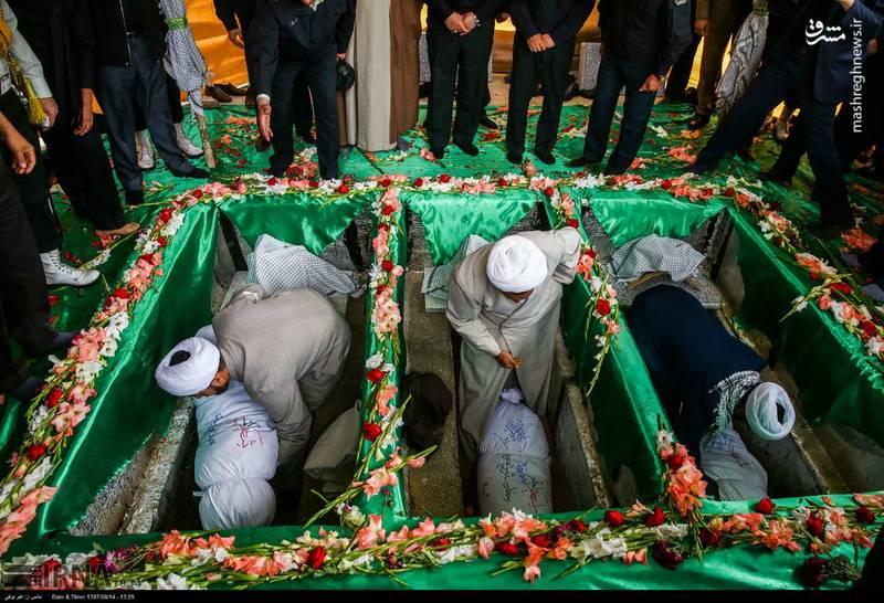 2378615 - تدفین سه شهید گمنام دوران دفاع مقدس
