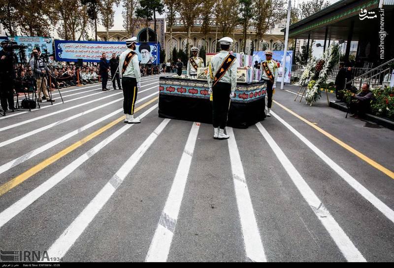 2378623 - تدفین سه شهید گمنام دوران دفاع مقدس