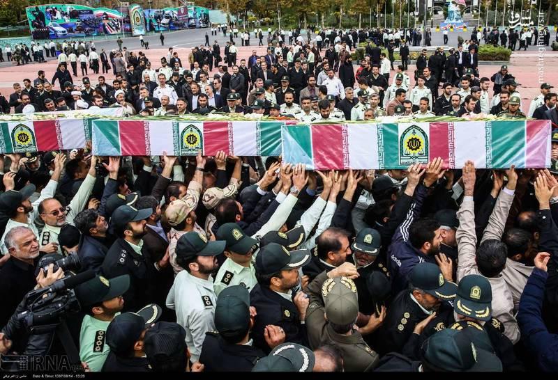 2378625 - تدفین سه شهید گمنام دوران دفاع مقدس