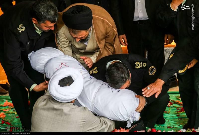 2378631 - تدفین سه شهید گمنام دوران دفاع مقدس