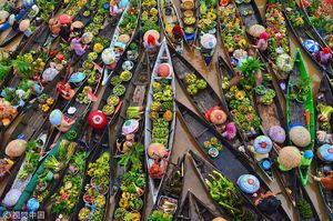 عکس/ بازار شناور زیبا در اندونزی