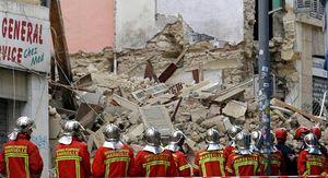 عکس/ ریزش دو ساختمان قدیمی در جنوب فرانسه