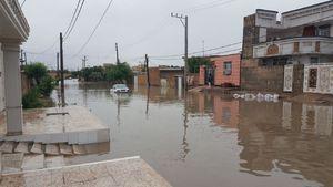 آبگرفتگی شدید معابر و خیابانها در سوسنگرد