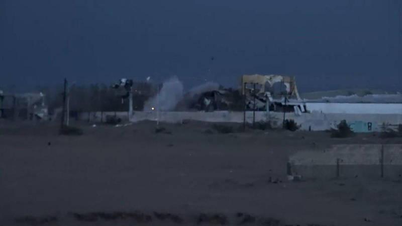 2380213 - آژیر خطر برای نیروهای یمنی به صدا درآمد