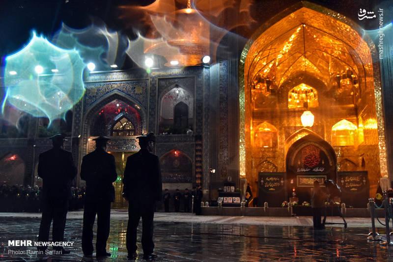 2380340 - حرم رضوی در شب شهادت امام رضا(ع)