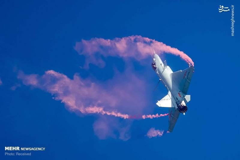 عکس/ نمایش زیبای هوایی در چین
