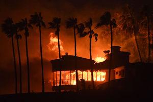 افزایش تلفات آتشسوزی کالیفرنیا به ۳۱ نفر