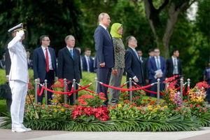 عکس/ سفر پوتین به سنگاپور