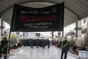 عکس/ عزاداری خادمان حرمین کربلا در عزای امام عسکری(ع)