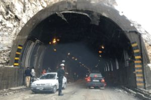 فیلم/ ریزش تونل در ایذه بر اثر بارش شدید باران!
