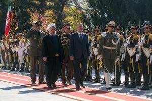 فیلم/ استقبال روحانی از رئيس جمهور عراق
